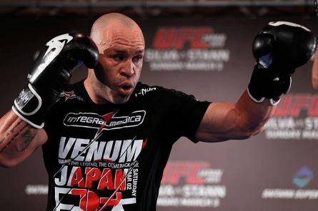 W.Silva (foto) confirmou que voltou a treinar após se recuperar de lesão. Foto: Josh Hedges/UFC