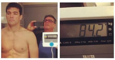 L. Machida é fotografado por Joinha (esq.); balança exibe o peso do brasileiro (dir.). Foto: Instagram/Reprodução
