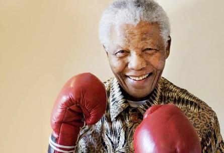 Nelson Mandela praticou boxe em sua juventude. Foto: Divulgação/AP