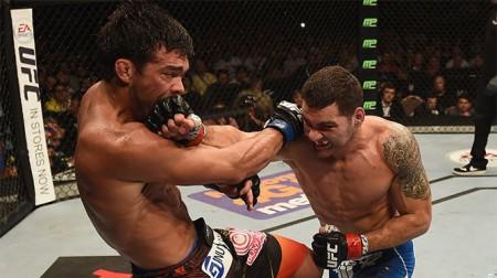 Weidman (dir.) bateu Lyoto (esq.) no UFC 175. Foto: Divulgação/UFC