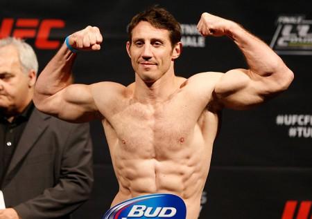 T. Kennedy (foto) tem três vitórias em três lutas no UFC. Foto: Josh Hedges/UFC