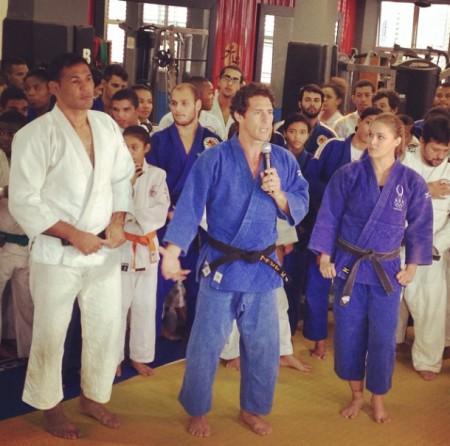 Minotauro (foto), Flavio Canto (centro) e Ronda em evento. Foto: Reprodução/Instagram