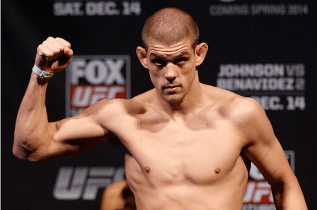 J. Lauzon é a mais nova baixa do UFC 180. Foto: Josh Hedges/UFC