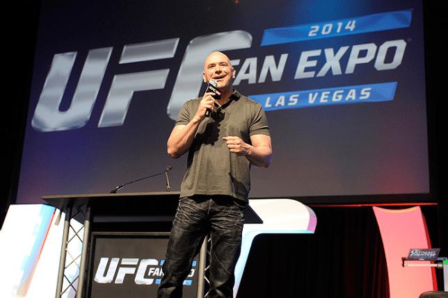 Presidente Dana White contará com esquadrão de lutadores ao seu lado no evento do dia 17/11. Foto: Josh Hedges/UFC