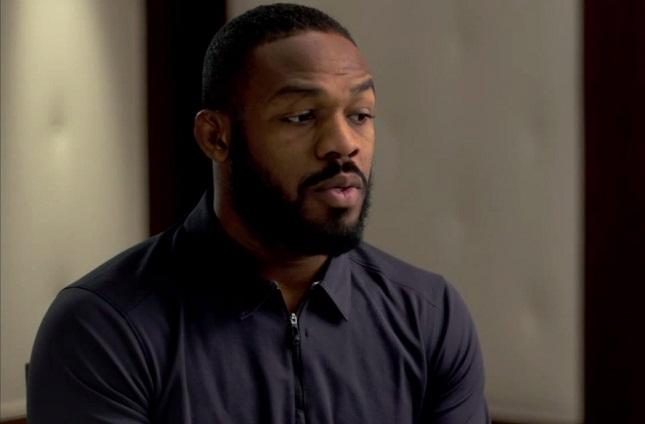 J. Jones (foto) falou na TV dos EUA sobre caso de uso de cocaína. Foto: Reprodução/YouTube