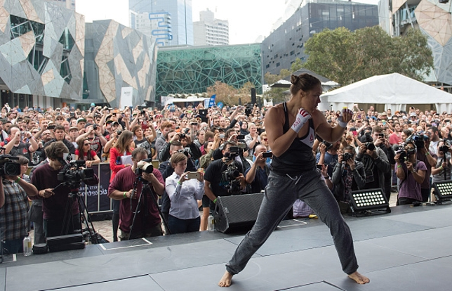 Ronda foi a atleta mais aclamada pelo público em Melbourne. Foto: Brandon Magnus/UFC