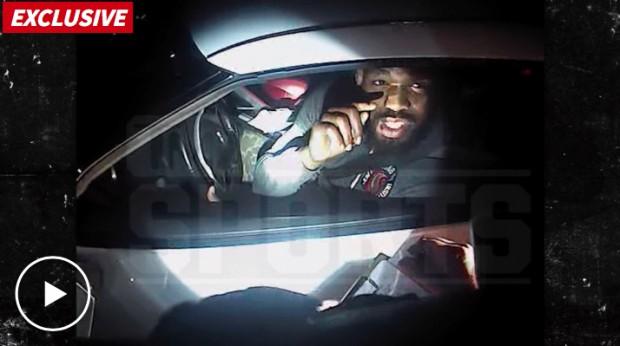 Jones brigou com policial nos EUA. Foto: Reprodução