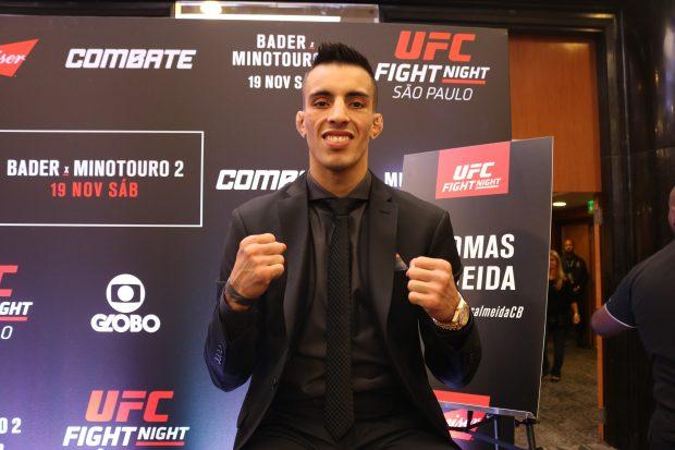 T. Almeida enfrenta A.Morales no UFC São Paulo. (Foto: Laerte Viana / SUPER LUTAS)