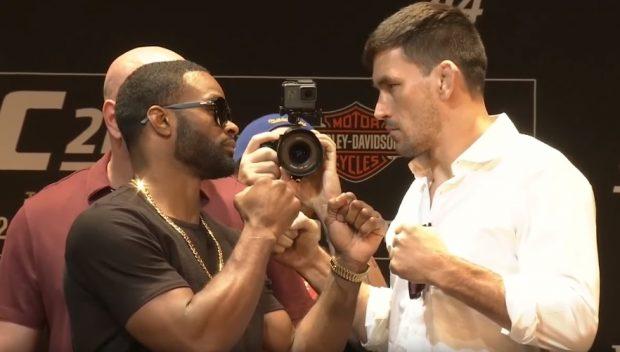 Woodley (esq) pega Maia (dir) no UFC 214 (Foto: Reprodução Youtube UFC)