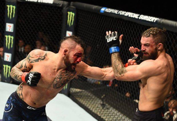S. Ponzinibbio (esq) dominou dois rounds contra M. Perry (dir) (Foto: Reprodução Facebook ufc)