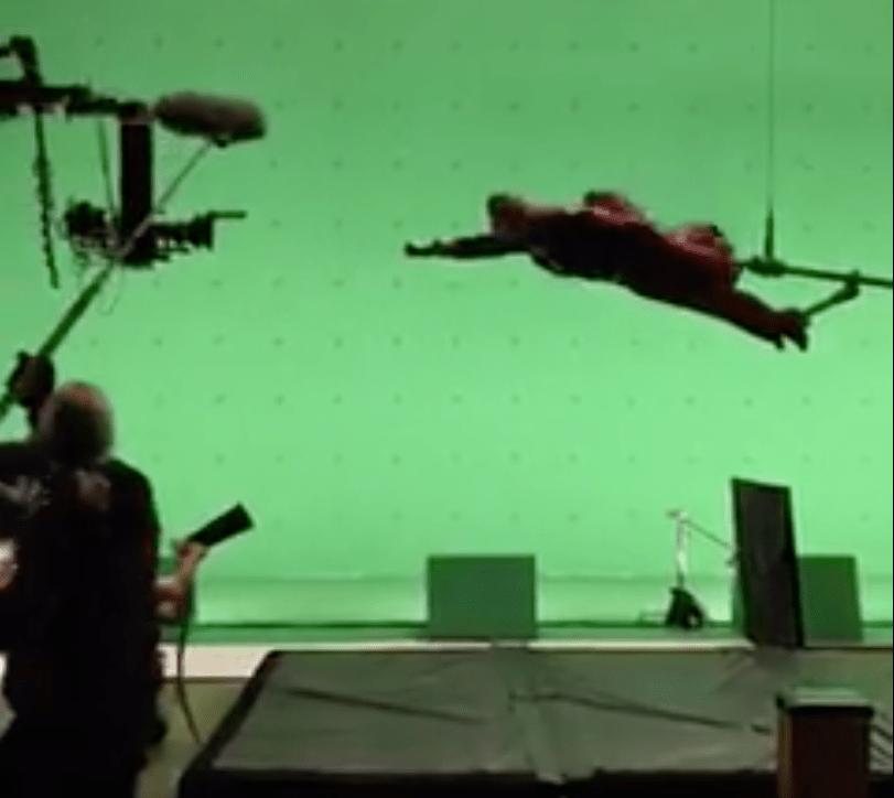 supergirl-green-screen