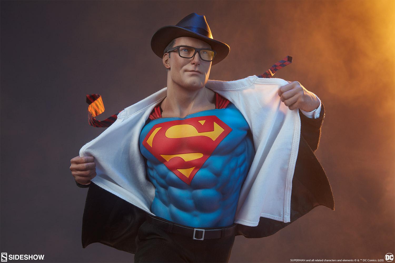Superman: Call to Action Premium Format Figure