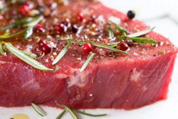 Dettaglio bistecca con spezie