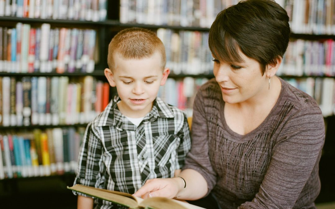 WHAT IS APPLIED BEHAVIOUR ANALYSIS (ABA)?