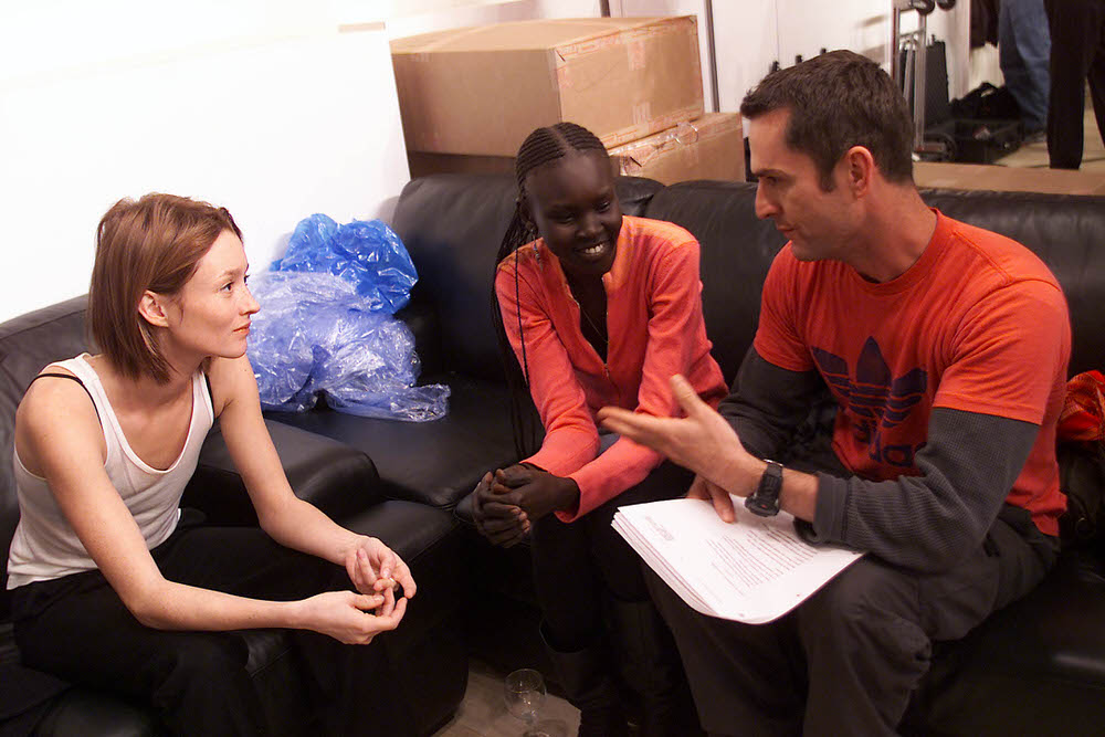 Victoria's Secret Fashion Show 2001 – Fittings – Audrey Marnay and Alek Wek [x 2]