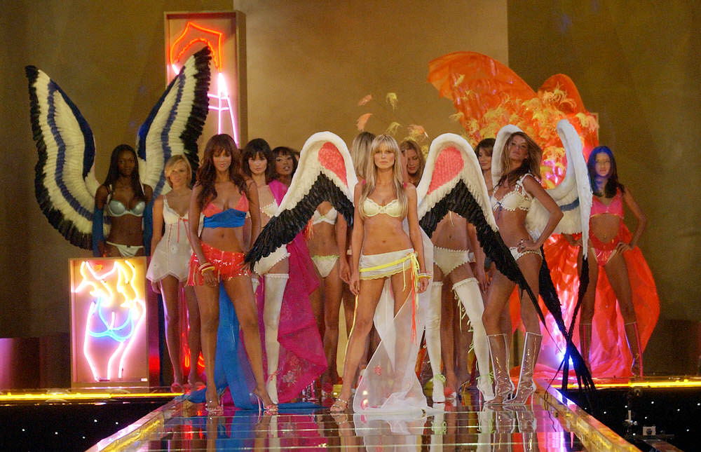 Victoria's Secret Fashion Show 2002