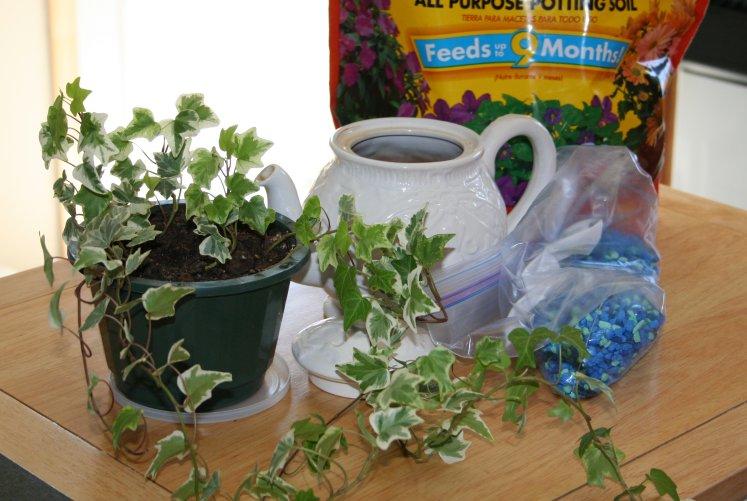 Teapot Planter 1