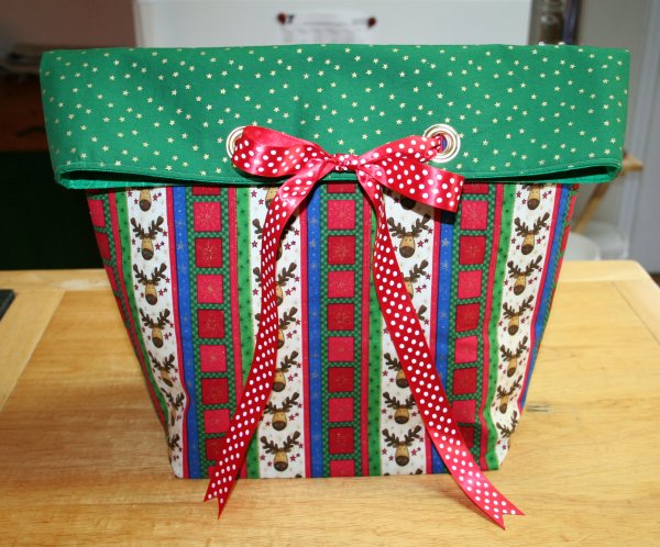completed reindeer gift bag