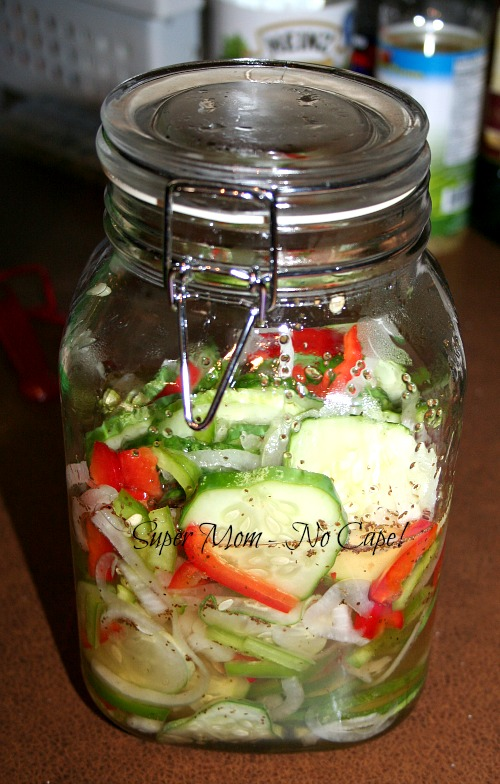 Photo of refrigerator pickles in a jar