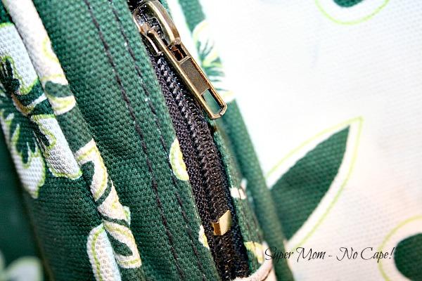 Zipper repaired