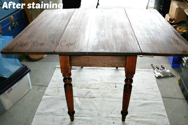 My new cutting table - After staining