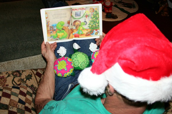 Dave reading a Christmas Eve story to the Hexie Turtles