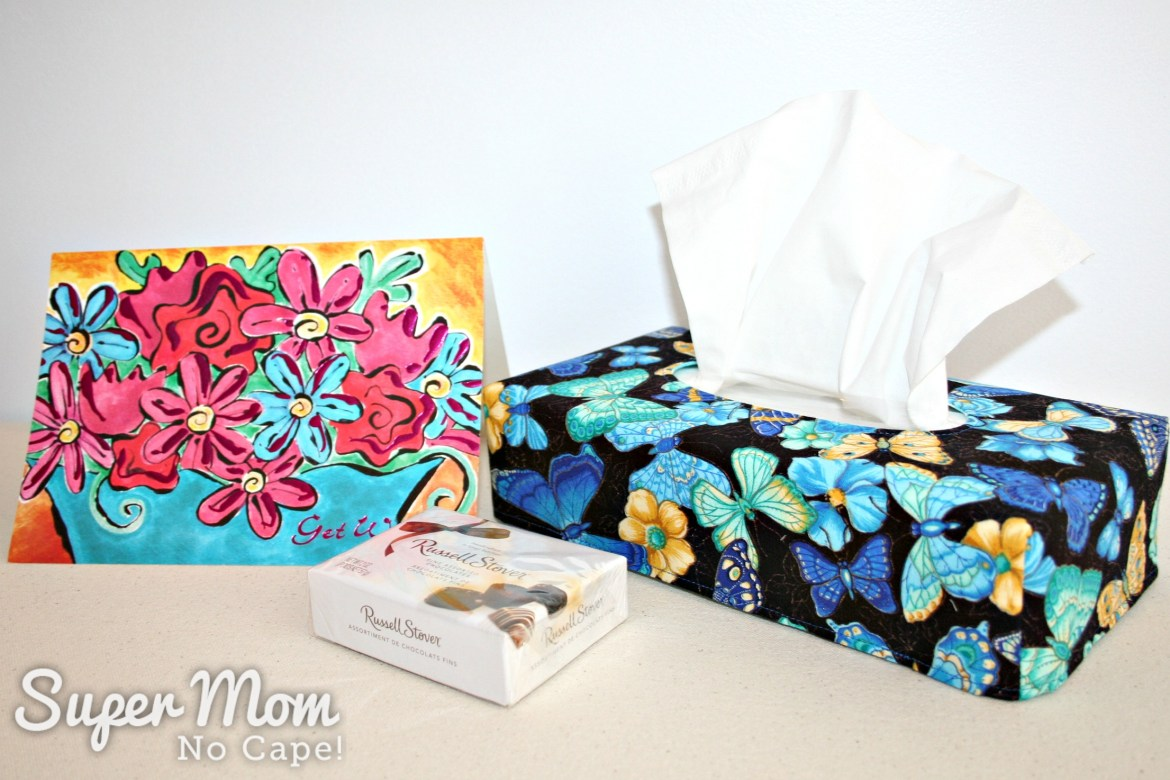 Butterfly fabric side of reversible tissue box cover