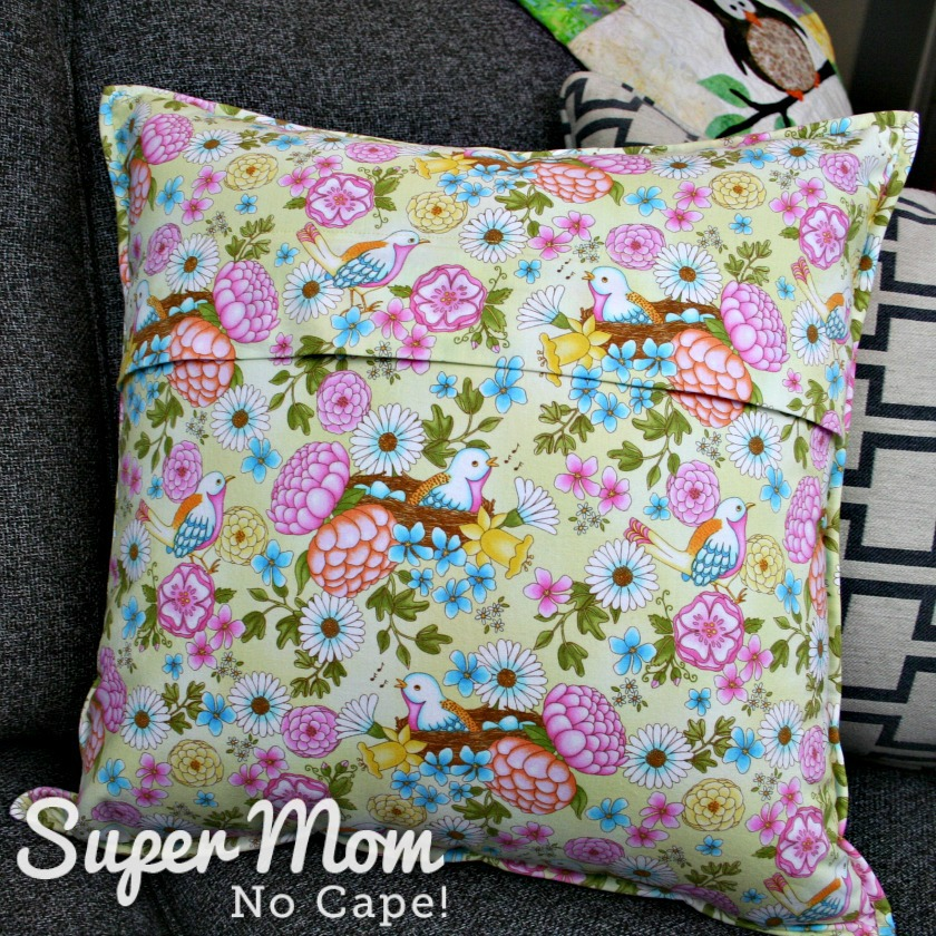 Complete back of the concealed zipper pillow back