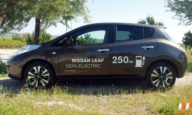 Al volante del Nissan Leaf 2016