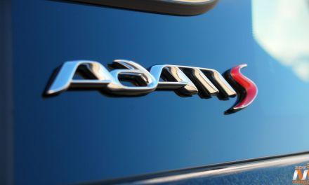 Al volante del Opel Adam S 2016
