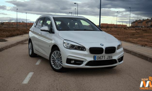 Al volante del BMW Serie 225xe Active Tourer 2017