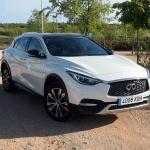 Al volante del Infiniti QX30 2018