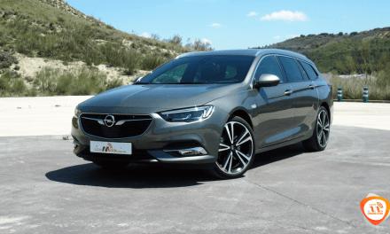 Al volante del Opel Insignia ST Exclusive 2018