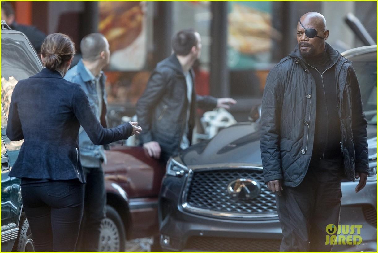 Photo de tournage de Captain Marvel avec Nick Fury et Maria Hill