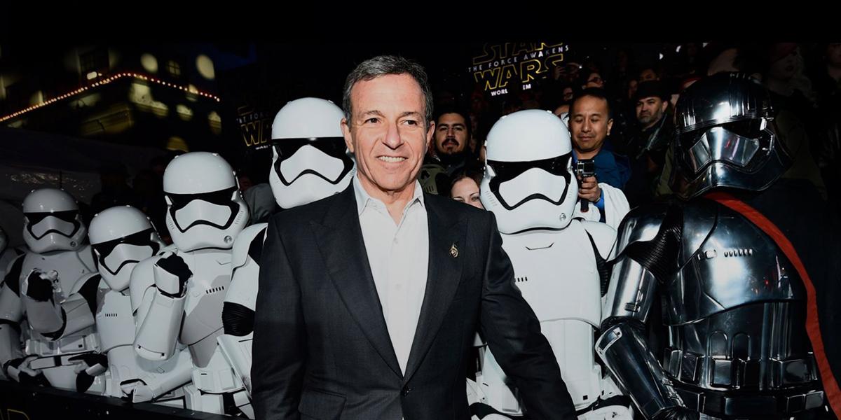 Bob Iger, boss de Disney, à l'avant-première d'un film Star Wars