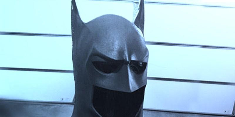 Le costume de Batman dans a série TV Titans.