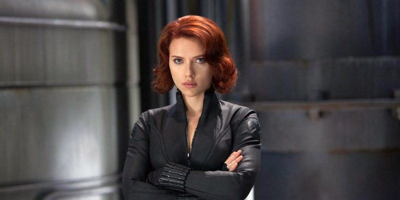 Scarlett Johansson est Black Widow, dans le MCU