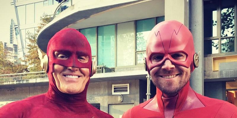 Flash (John Wesley Shipp) et Flash (Stephen Amell)