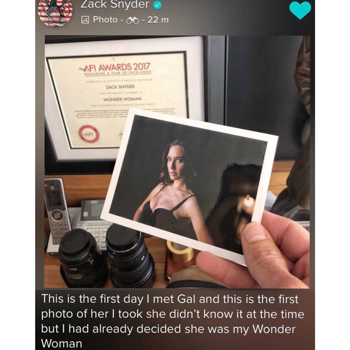 Zack Snyder dévoila la première photo de Gal Gadot pour Wonder Woman