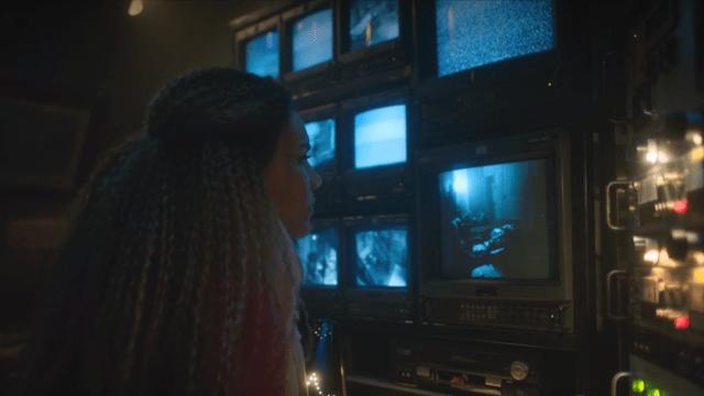 The-Umbrella-Academy-Episode-2-Image-3