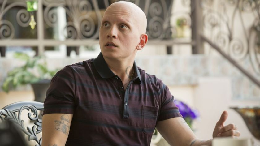 anthony-carrigan-noho-hank-barry-hbo-1014x570