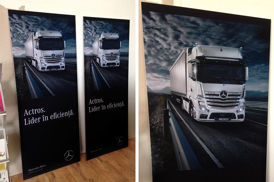 Rama cu Poster Textil – Mercedes-Benz Trucks