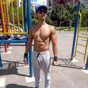Mauricio Bogota Clases Of Calisthenics With Intelligent Training Support Bodybuilding And Basic Nutrition Fitness Life On