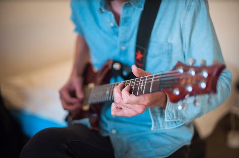 qui sont les meilleurs guitaristes au monde