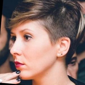 Francesca  TortonaAlessandria  Ciao a tutti sono Francesca una ragazza di 28 anni laurea in Giurisprudenza Impartisco ripetizioni e supporto