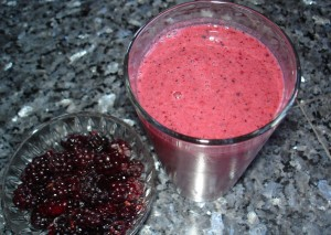 Blackberry blueberry almond milk smoothie