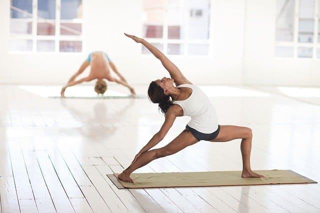Beneficios-Practicar-Yoga-1
