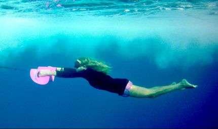 NautBoard, la tavola per nuotare come un delfino