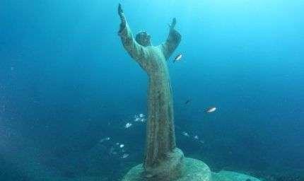 Palermo: statua subacquea nel mare dell'Addaura