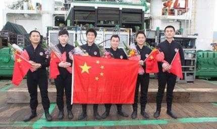 Prima immersione a 300 metri per i cinesi